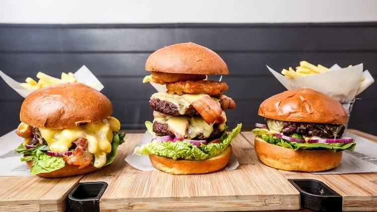 England's Biggest Burgers: How Do You Like Yours?