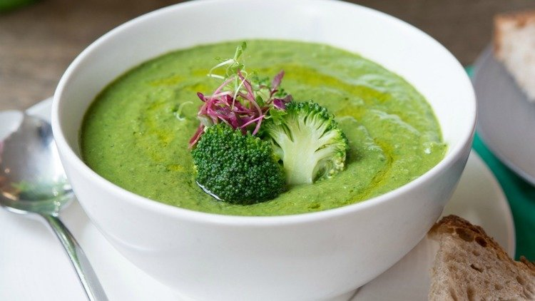 Spirulina Soup Recipe From Notting Hill's Farmacy