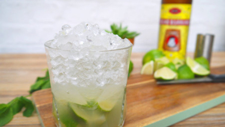 How To Make A Caipirinha Cocktail